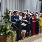 Pälkäneen lukion uudet ylioppilaat saivat lakkinsa – katso kuvagalleria juhlasta