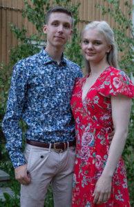 Helsinkiläiset Tommi ja Sonja olivat juhannuksen vietossa Laitikkalassa ja nauttivat lauantai-iltana juhannustanssien tunnelmasta.