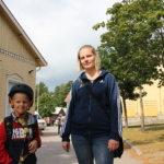 Koulupolun avauspäivänä jalkapalloa, makaronia ja yhteistä kirjanpäällystysläksyä – Pälkäneellä koulun penkille istui lukuvuoden alussa enemmän oppilaita kuin viime syksynä