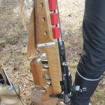 22-kaliiberisessä Anschützissa on viisi lipasta. Tämä ase maksaa 3500 euroa.