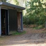 Tommolan hautausmaan varastoon murtauduttu – varkaiden matkaan ruohonleikkureita, bensaa ja lehtipuhallin