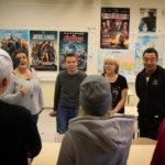 Karu selviytymistarina hiljensi luokan – entiset huumenuoret vierailivat yhteiskoululla