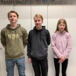 Anna Tapion koulun matematiikkakilpailussa pärjänneet saivat palkintonsa