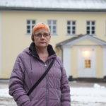 """""""Jos Harhalan koulu lopetetaan, lapseni siirtyy kotiopetukseen"""" – Heli Ruusunen ei halua lapsensa siirtyvän sisäilmaongelmista kärsivään Kostian kouluun"""