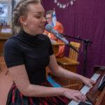 Äidinkieltä musiikin siivin
