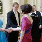 Linnan juhlien keskustelut, kättely ja booli – kuusi kysymystä presidenttiparin vieraana käyneelle Panu Raiviolle