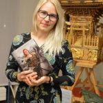 Kun omasta mielenkiinnon kohteesta ei löytynyt valmiita kirjoja, Johanna Valkama ryhtyi kirjoittamaan rautakaudesta itse