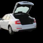 Vastaa kyselyyn: mitä sinulla on auton peräluukussa?