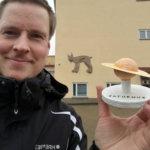 Planeettojen etäisyydet selkiytyivät koululaisille – luopioislaislähtöinen Kari-Pekka Arola rakensi kuljetettavan aurinkokunnan pienoismallin