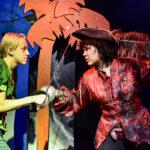 Farssimaisten vaikeuksien kautta voittoon – Pikkuteatterin Peter Pan saa ensi-iltansa syyskuussa