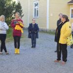 Vilpeilän ideatreffien antina kyläbändi, koulumuseo ja kahvila – entinen koulu halutaan edelleen pitää kyläläisten kohtaamispaikkana