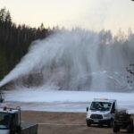 Lumitykit käynnistyivät Sorolan montussa – lumetus etenee myös Sappeessa, Haanloukkaan jää on hyvässä kunnossa