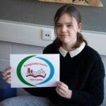 Kangasalan koulujen 150-vuotisjuhlavuoden logo syntyi kuudesluokkalaisen Olivian kynästä