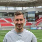 Jalkapallon EM-kisoihin tai mökille Pälkäneelle – Juha Pirisen kesässä vain hyviä vaihtoehtoja