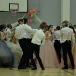 Vanhat saivat tanssinsa, yleisönsä ja kesälomansa alun lopulta Pitkäjärvellä