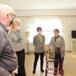 Uudistuneet Kostiakodin tilat tekivät vaikutuksen – katso myös kuvagalleria kunnanjohtaja Pauliina Pikan vierailusta remontoiduissa tiloissa